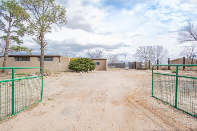 204 Hillman Street, Rio Communities, NM 87002 (MLS #939322) :: Campbell & Campbell Real Estate Services