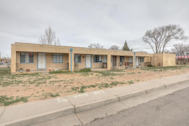 502 Adams Street NE, Albuquerque, NM 87108 (MLS #939326) :: Silesha & Company