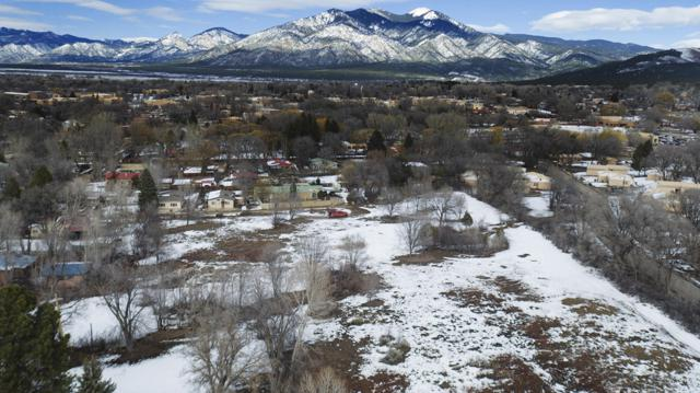 Lot B Charlotte Lane, Taos, NM 87571 (MLS #939444) :: Campbell & Campbell Real Estate Services