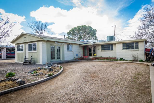 1837 Britt Street NE, Albuquerque, NM 87112 (MLS #939496) :: Campbell & Campbell Real Estate Services
