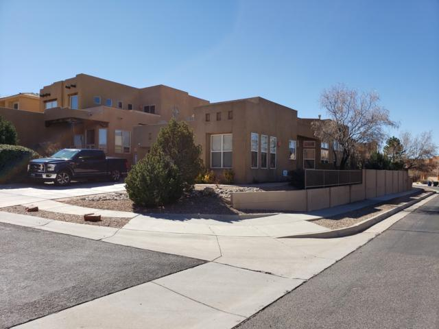 13200 Sentinal Court NE, Albuquerque, NM 87111 (MLS #939809) :: The Bigelow Team / Realty One of New Mexico