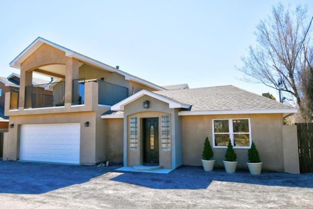 224 Roehl Road NW, Albuquerque, NM 87107 (MLS #939823) :: Silesha & Company