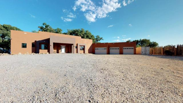 516 Calle Encantada, Espanola, NM 87532 (MLS #939976) :: The Bigelow Team / Realty One of New Mexico