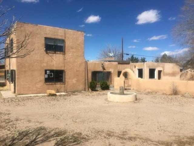 3809 5Th Street NW, Albuquerque, NM 87107 (MLS #940104) :: Silesha & Company