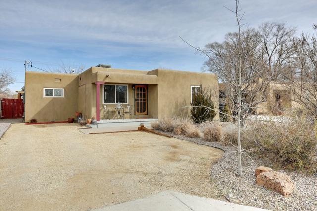 615 Gene Avenue NW, Albuquerque, NM 87107 (MLS #940184) :: Silesha & Company