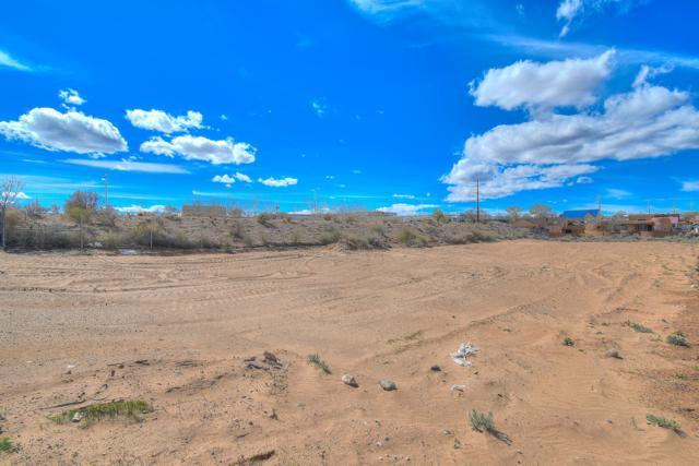 509 Monterrey Road NE, Rio Rancho, NM 87144 (MLS #940252) :: The Bigelow Team / Realty One of New Mexico