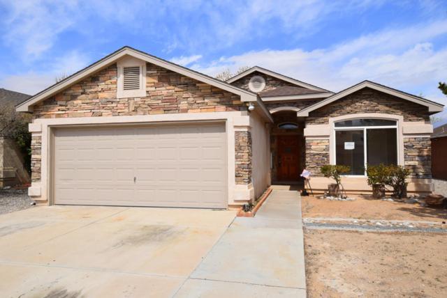 5805 Aquarius Avenue NW, Albuquerque, NM 87114 (MLS #940288) :: The Bigelow Team / Realty One of New Mexico
