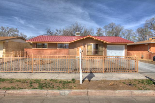 2701 20Th Street NW, Albuquerque, NM 87104 (MLS #940300) :: The Bigelow Team / Realty One of New Mexico