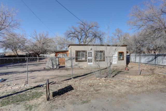 6735 Isleta Boulevard SW, Albuquerque, NM 87105 (MLS #940686) :: Campbell & Campbell Real Estate Services