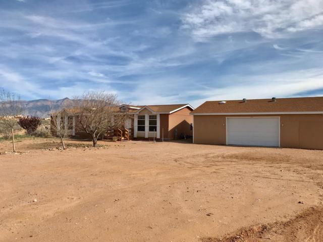 5660 Iris Road NE, Rio Rancho, NM 87144 (MLS #940918) :: Silesha & Company