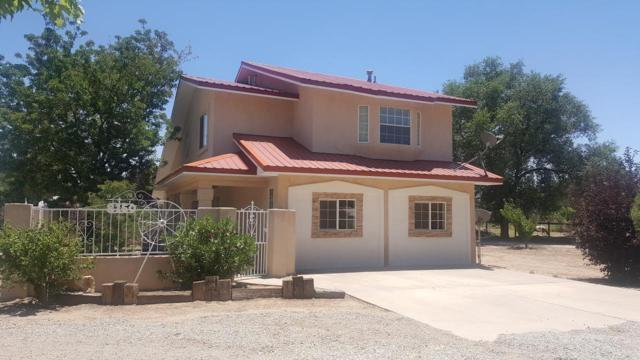8150 Guadalupe Trail NW, Los Ranchos, NM 87114 (MLS #941252) :: The Bigelow Team / Red Fox Realty