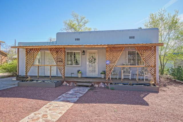 408 Cornell Drive SE, Albuquerque, NM 87106 (MLS #941367) :: Campbell & Campbell Real Estate Services