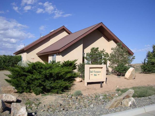96 Metro Boulevard, Santa Fe, NM 87508 (MLS #941374) :: Silesha & Company