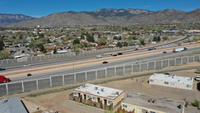 570 Jane Street NE, Albuquerque, NM 87123 (MLS #941624) :: Campbell & Campbell Real Estate Services