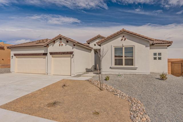 717 Tiwa Lane NE, Rio Rancho, NM 87124 (MLS #941759) :: Silesha & Company