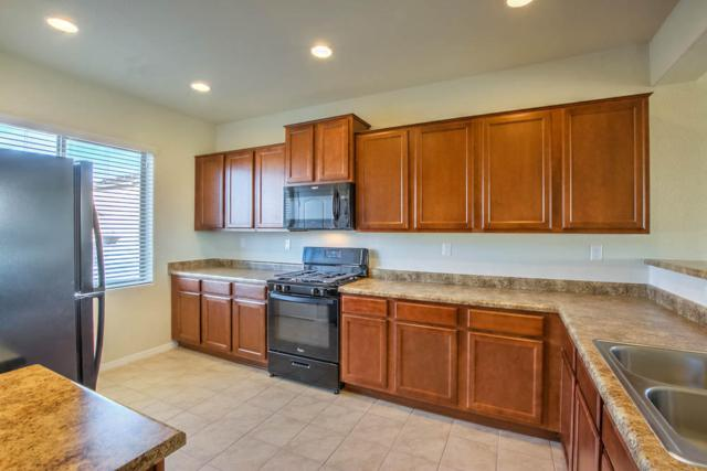 10020 Artemsia Avenue SW, Albuquerque, NM 87121 (MLS #941949) :: Silesha & Company