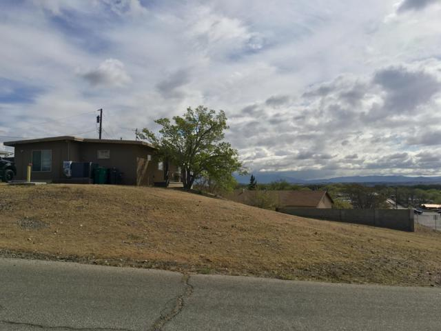 3809 Coors Place SW, Albuquerque, NM 87121 (MLS #942086) :: Campbell & Campbell Real Estate Services