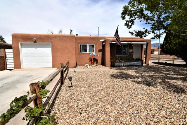 8411 Haines Avenue NE, Albuquerque, NM 87112 (MLS #942201) :: Campbell & Campbell Real Estate Services