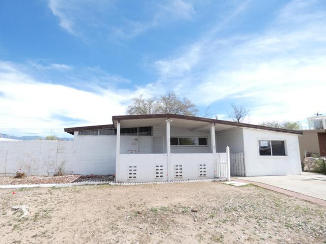 3014 Morningside Drive NE, Albuquerque, NM 87110 (MLS #942353) :: Campbell & Campbell Real Estate Services