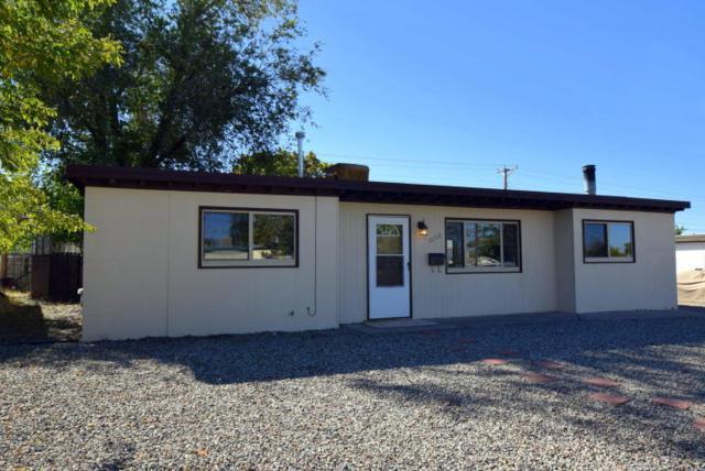 10708 Woodland Avenue NE, Albuquerque, NM 87112 (MLS #942388) :: Silesha & Company