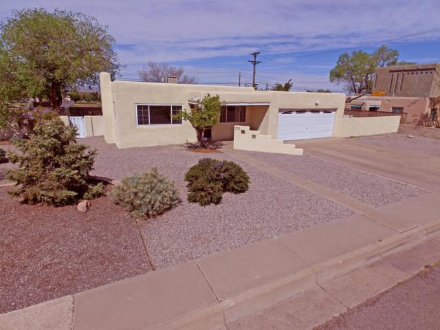 1013 Princeton Drive SE, Albuquerque, NM 87106 (MLS #942543) :: The Bigelow Team / Realty One of New Mexico
