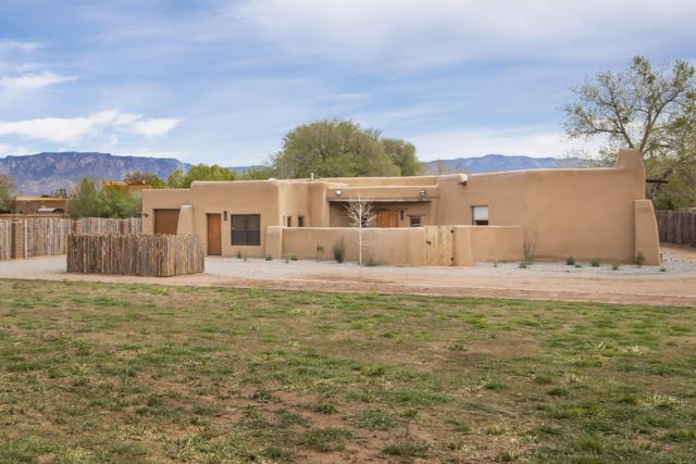 1936 Apple Lane NW, Albuquerque, NM 87104 (MLS #942560) :: The Bigelow Team / Realty One of New Mexico