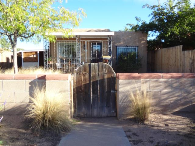 1021 Headingly Avenue NW, Albuquerque, NM 87107 (MLS #942639) :: The Bigelow Team / Realty One of New Mexico