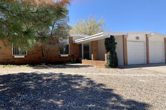8204 Otero Avenue NE, Albuquerque, NM 87109 (MLS #942648) :: The Bigelow Team / Realty One of New Mexico