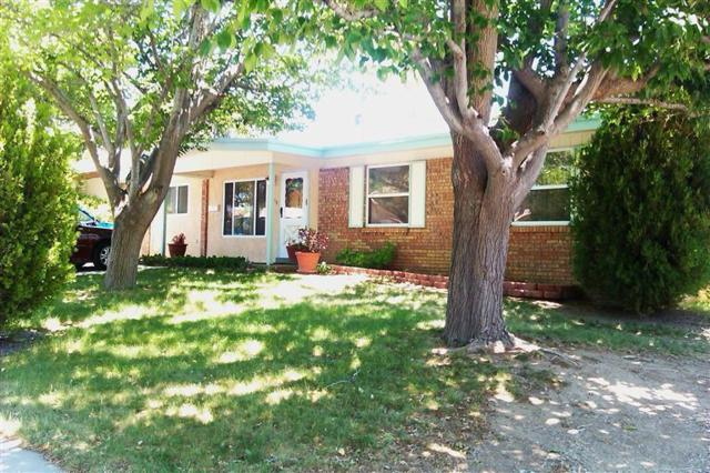 11112 Woodland Avenue NE, Albuquerque, NM 87112 (MLS #942804) :: Silesha & Company