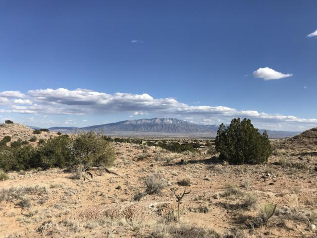 5744 Venada Court NE, Rio Rancho, NM 87144 (MLS #942914) :: The Bigelow Team / Realty One of New Mexico