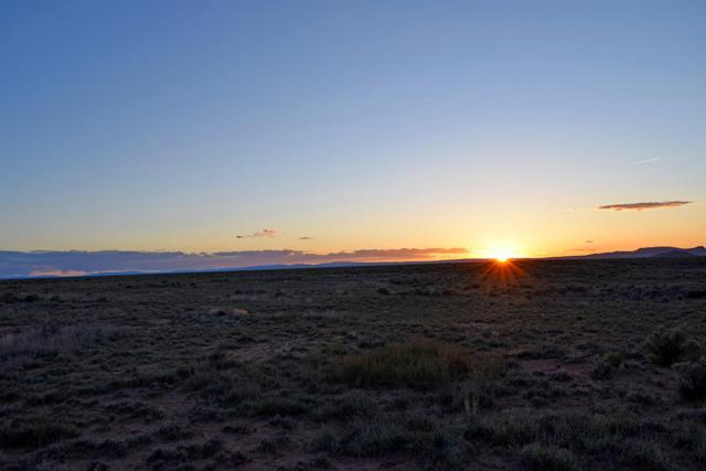 Lot 8 Rio Del Oro, Los Lunas, NM 87031 (MLS #943001) :: The Bigelow Team / Realty One of New Mexico