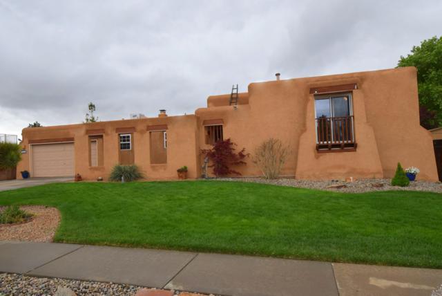 9316 Farragut Drive NE, Albuquerque, NM 87111 (MLS #943042) :: Campbell & Campbell Real Estate Services