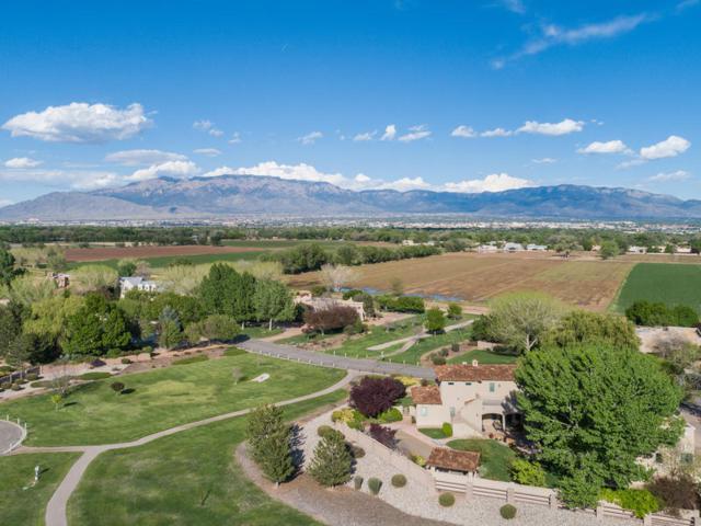 4621 Los Poblanos Circle NW, Los Ranchos, NM 87107 (MLS #943320) :: The Bigelow Team / Realty One of New Mexico