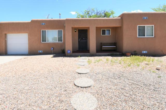 1708 Richmond Drive NE, Albuquerque, NM 87106 (MLS #943461) :: Silesha & Company