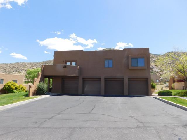 2900 Vista Del Rey Unit 25A, Albuquerque, NM 87112 (MLS #943717) :: Silesha & Company