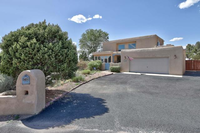 1719 Quail Run Court NE, Albuquerque, NM 87122 (MLS #943978) :: Silesha & Company