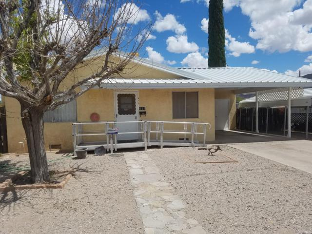 415 Fir Street, Truth or Consequences, NM 87901 (MLS #944112) :: Silesha & Company