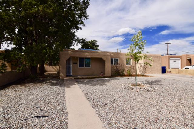 8129 Princess Jeanne Avenue NE, Albuquerque, NM 87110 (MLS #944441) :: Campbell & Campbell Real Estate Services