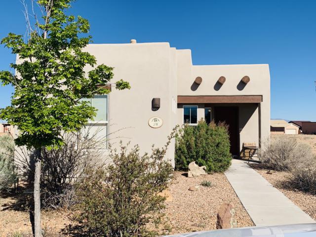 28 Calle Agua Clara, Santa Fe, NM 87508 (MLS #944481) :: Silesha & Company