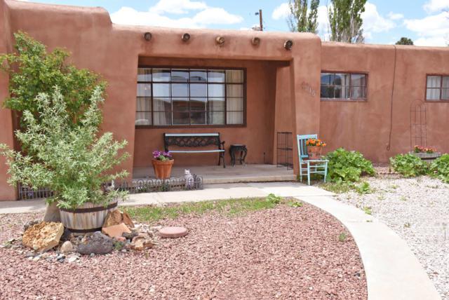 1736 Encino Avenue, Grants, NM 87020 (MLS #944793) :: Silesha & Company