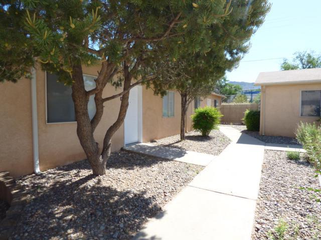 12824 Skyline Road NE, Albuquerque, NM 87123 (MLS #944814) :: The Bigelow Team / Red Fox Realty