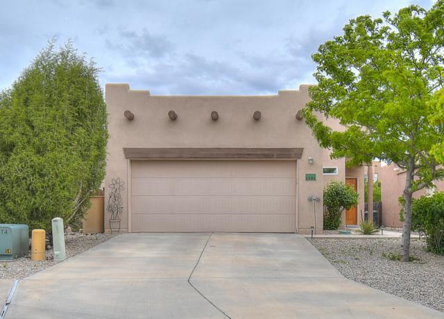 3994 Montana Verde Road, Santa Fe, NM 87507 (MLS #945100) :: Silesha & Company