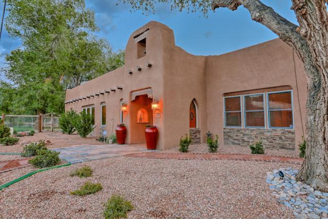 407 La Entrada, Corrales, NM 87048 (MLS #945189) :: The Bigelow Team / Realty One of New Mexico
