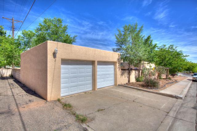 1021 Idlewilde Lane SE, Albuquerque, NM 87108 (MLS #945313) :: Silesha & Company