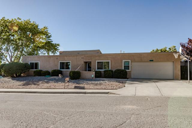 9405 Northridge Avenue NE, Albuquerque, NM 87111 (MLS #945325) :: Silesha & Company