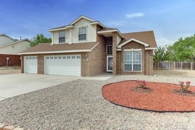 12 Pinon Avenue, Los Lunas, NM 87031 (MLS #945361) :: The Bigelow Team / Realty One of New Mexico