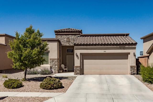 3933 North Pole Loop NE, Rio Rancho, NM 87144 (MLS #945426) :: The Bigelow Team / Realty One of New Mexico