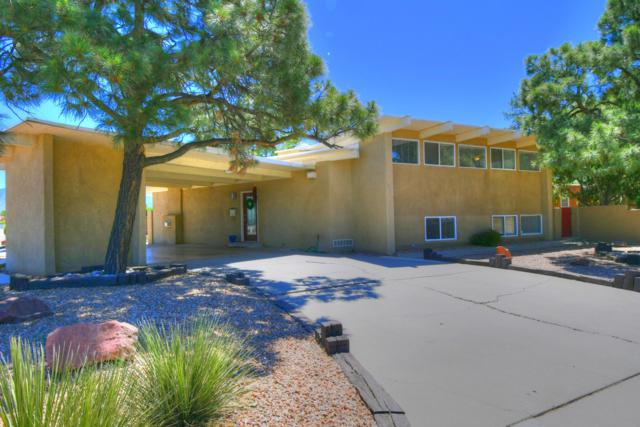 1924 Morningside Drive NE, Albuquerque, NM 87110 (MLS #945430) :: The Bigelow Team / Realty One of New Mexico