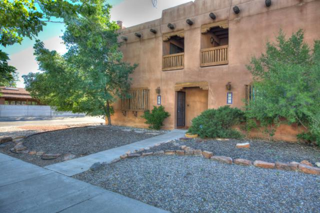 403 15Th Street NW, Albuquerque, NM 87104 (MLS #945608) :: The Bigelow Team / Red Fox Realty