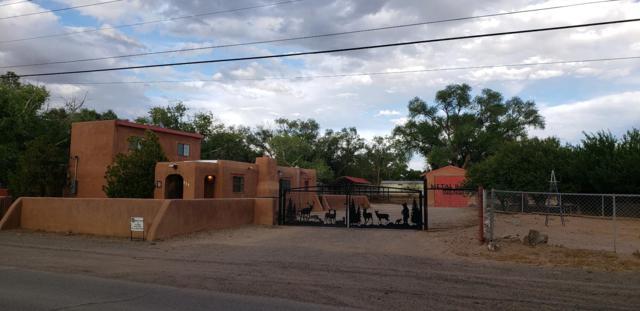 301 El Cerro Loop, Los Lunas, NM 87031 (MLS #945700) :: The Bigelow Team / Red Fox Realty